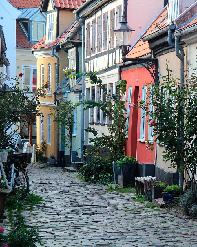 Gammel gade i Aalborg