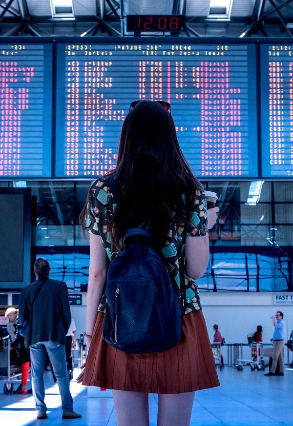 Tavle i lufthavnen
